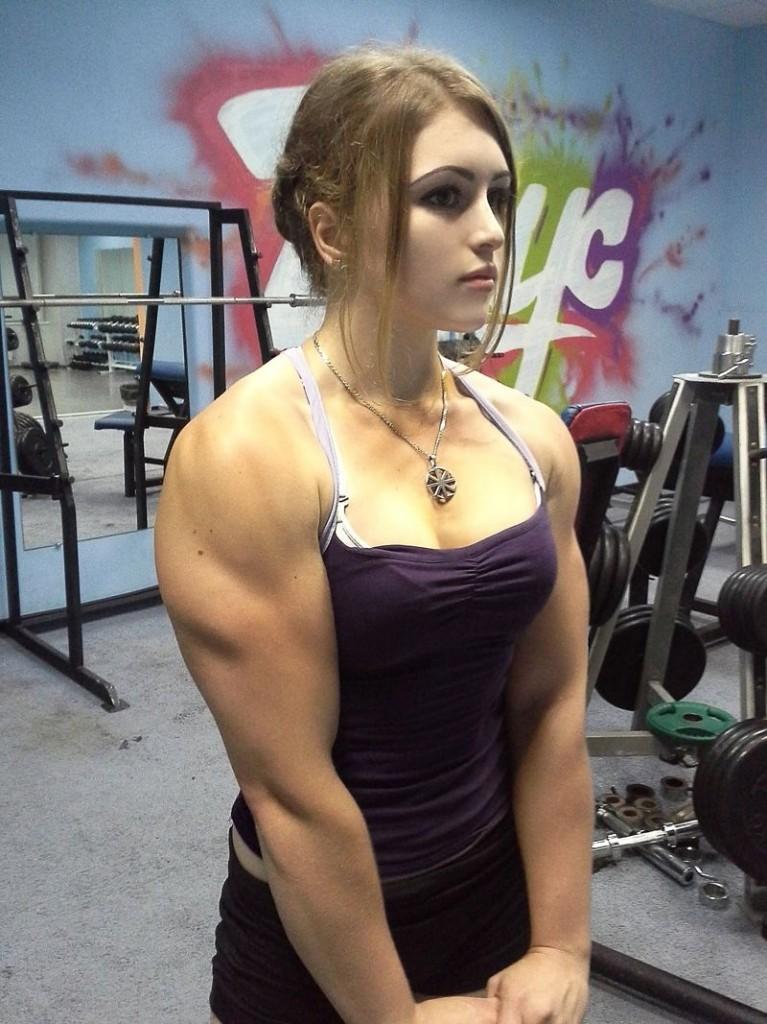 Yulia Voctorovna. - Natalijos konkurentė.