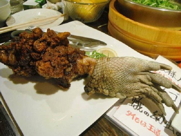 kepta krokodilo koja, egzotiški valgiai, egzotinis maistas