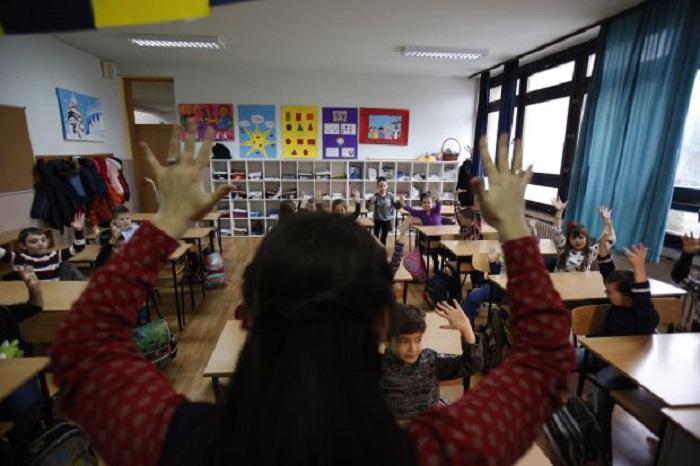 kurčias vaikas, gestų kalba, kurčiųjų mokykla