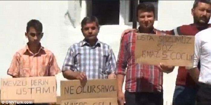protestuotojų plakatai, protestas